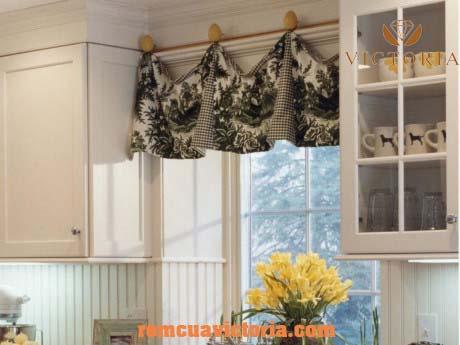 Rèm vải cho phòng bếp